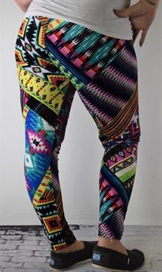 I am OBSESSED with our leggings! We offer women's sizes in Pluskins and one size. We even have girls sizes! Check us out.