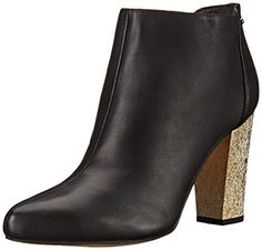 Step out in a pair of booties with a golden heel. Circus by Sam Edelman Women's Bond Boot, Black Leather, 6 M US. Ankle boot featuring contrast-textured heel counter and side-instep zipper. Sam Edelman Boots, Comfortable Boots, Cool Boots, Black Leather Boots, Chunky Heels, Ankle Booties, Autumn Winter Fashion, Sneakers Fashion, Heeled Mules