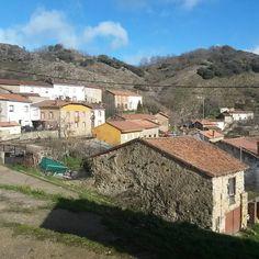 """Fuentes de Peñacorada, Cistierna. #pueblos #leonesp #igers #igersleonesp #mountain #amazing #beautiful #follow #followme #instafollow #follow4follow…"""