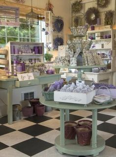 Lavender Farm and Store Boutiques, Tienda Natural, Farm Store, Soap Display, Soap Shop, Store Displays, Window Displays, Garden Shop, Antique Stores