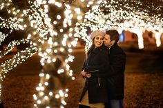 Engagement Photos Engagement photo ideas for holidays - Choose the Right Setting - Taking your engagement pictures soon? Make those photos work double-duty by also getting a cute shot for your holiday cards! Here, check out some of our favorite ideas.