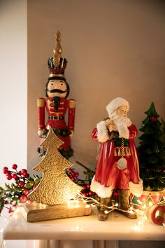 Santa With Gift Bag Red : Create a Festive Atmosphere In Your Home This Season With These Wonderful Additions. Christmas 2016, Christmas Ornaments, Festive, Santa, Animation, Seasons, Holiday Decor, Red, Gifts