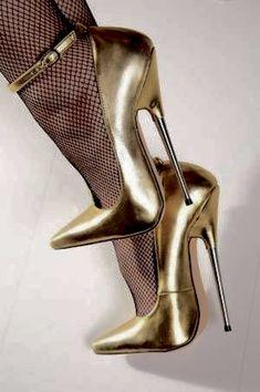 The pleasure of high Heels: Golden pumps black fishnet pantyhose Ankle Strap High Heels, Black High Heels, High Heels Stilettos, High Heel Boots, Stiletto Heels, Ankle Straps, Super High Heels, Pantyhose Heels, Stockings Heels