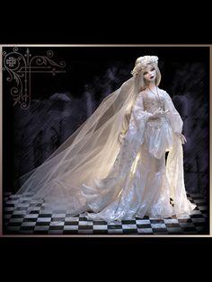 Cemetery Wedding | Wilde Imagination