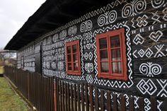 Čičmany, small village in Slovakia Travel Around The World, Around The Worlds, Slovenia, Interior Inspiration, Travel Destinations, Cabin, House Styles, Life, Beautiful