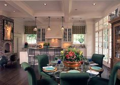 Classic Dinning Table Interior Design with Modern Interior Concepts #Dinning #interior #YoAurangzebSoNoble