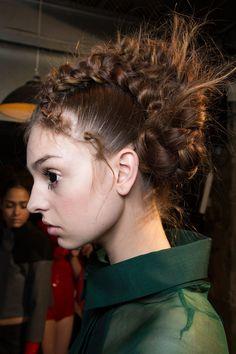 Hair and Makeup Fall 2016 | Fashion Week | POPSUGAR Beauty