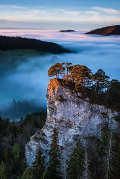 """Beautiful shot of a mountain cliff in a ray of light. Ein Hauch von Gold by Roland """"Bill"""" Moser Quality Nature Beautiful World, Beautiful Places, Beautiful Pictures, Amazing Places, All Nature, Amazing Nature, Landscape Photography, Nature Photography, Nature Landscape"""