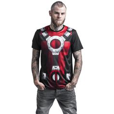 """Classica T-Shirt uomo """"Costume"""" di #Deadpool con scollo tondo e ampia stampa a sublimazione frontale."""
