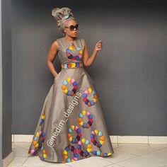 Here's Fashionable traditional african fashion Long African Dresses, African Print Dresses, African Print Fashion, African Fashion Dresses, African Dress Designs, Chitenge Dresses, Ankara Maxi Dress, African Fashion Traditional, African Fashion Designers