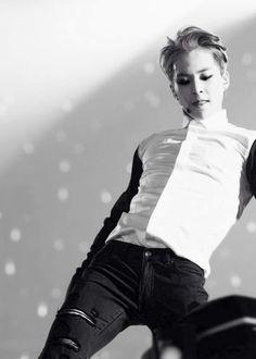 Sexy...sooo...dang...sexy! #exo #minseok #xiumin