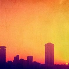 2/3  That burning sky can set all hearts on fire. Photo by @truthslinger #Nairobi