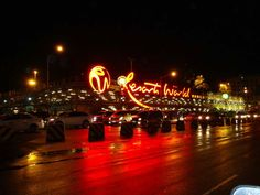 Resorts World Manila in Pasay, Pasay City Bangkok, Resorts World Manila, Philippines Travel, Wonders Of The World, City, Places, Beautiful, St Louis, El Salvador
