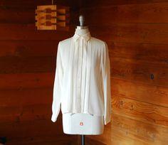 vintage Oscar de la Renta silk blouse / size by honeytalkvintage