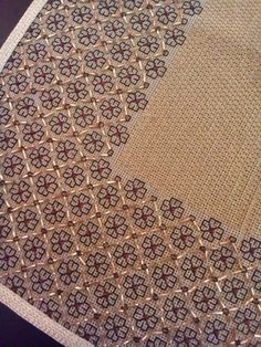 1 million+ Stunning Free Images to Use Anywhere Kasuti Embroidery, Embroidery Sampler, Embroidery Patterns Free, Beaded Embroidery, Cross Stitch Embroidery, Hand Embroidery, Embroidery Designs, Biscornu Cross Stitch, Cross Stitch Borders