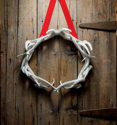 Deer Antler Wreath (deer/elk shed their antlers) These can be 'found' items.