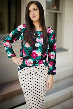 Fall floral look with a dark floral sweatshirt with a Lularoe polka dot Cassie pencil skirt.