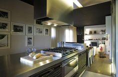 Cozinha decorada por LDA.iMdA Arquitetos.