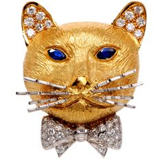 1stdibs.com | English Diamond Sapphire Gold Cat Pin Brooch