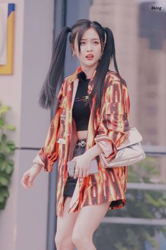 Airport Style, Airport Fashion, Xuan Yi, Cosmic Girls, Everyday Fashion, Dancer, Kimono Top, Punk, Lifestyle