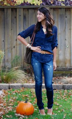 Sheer shirt and belt with jeans outfit