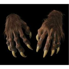Werewolf Hands: The ultimate accessory for your Werewolf costume! Perfect fitting gloves that will complete any werewolf or monster costume. Long finger nails, very detailed. Clever Halloween Costumes, Halloween Costume Accessories, Halloween Nails, Halloween 2020, Halloween Makeup, Halloween Decorations, Spooky World, Werewolf Costume, Morris Costumes