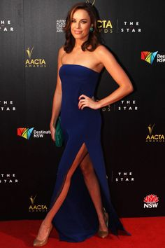Packed to the Rafters star Jessica McNamee in Karl Capp on the AACTA Awards red carpet. Jessica Mcnamee, Aacta Awards, Actress Jessica, Strapless Dress Formal, Formal Dresses, Red Carpets, Nicole Kidman, Stems, Shades Of Blue