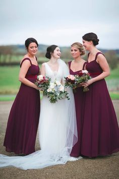 A stunning real wedding at Clonabreany House, Meath, by Tara Aherne Photography.