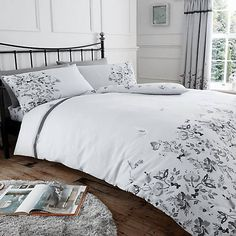 Item Specification Luxury maria floral duvet quilt cover bedding set Material Cotton Absolutely machine washable Single : with 1 pillow case Double : with 2 pillow cases King : with 2 pillow cases Super king: with 2 pillow cases Best Duvet Covers, Luxury Duvet Covers, Luxury Bedding Sets, Duvet Sets, Duvet Cover Sets, Rose Duvet Cover, Marble Duvet Cover, 3d Christmas, Beds For Sale
