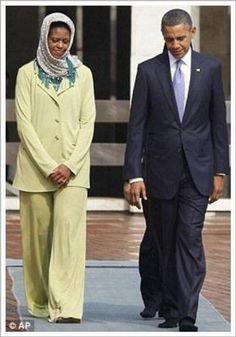 """I WILL ALWAYS STAND WITH ISLAM.""-Barack Obama (In Saudi Arabia) Michelle puts on a HIJAB #shame"