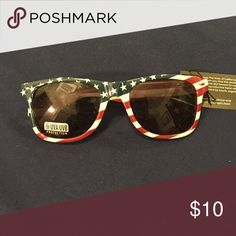 American flag sunglasses American flag sunglasses from pac sun PacSun Accessories Glasses