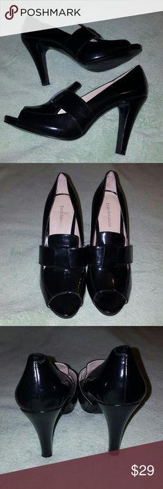 🕇❤Enzo Angiolini heels patent leather heels. peep toe. gorgeous! Like new. Soft cushion for heels. size 9. Enzo Angiolini Shoes Heels