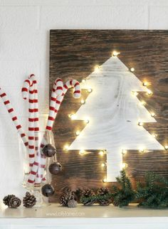DIY tree marquee sign | easy tutorial how to make this cute rustic Christmas sign!