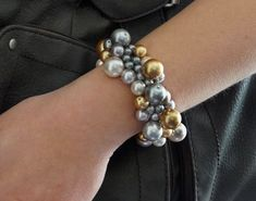 Twinkle and Twine: DIY Clustered Pearl Bracelet