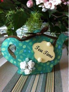 DIY, craft and scrap - mini tea box