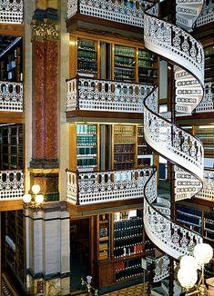 biblioteca privada da família real e convidados