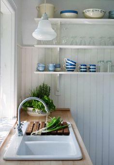etagere murale cuisine, comment ranger la cuisine idees en photos