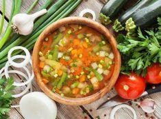 Σούπα με λαχανικά και κοφτό μακαρονάκι