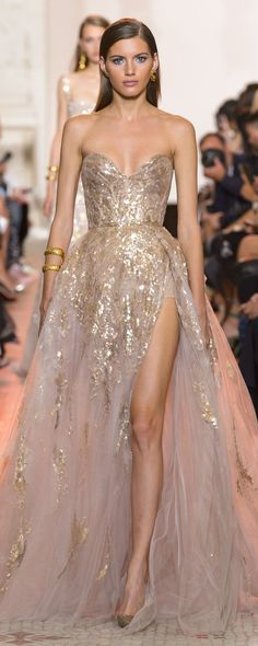 Elie Saab Fall-winter 2018-2019 - Couture - http://www.orientpalms.com/Elie-Saab-7254 - ©ImaxTree
