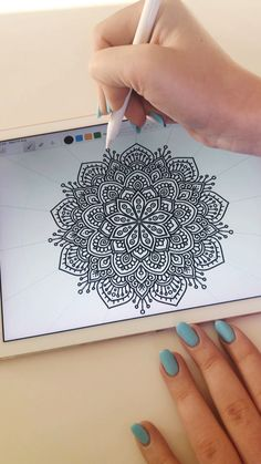 pro The Effective Pictures We Offer You About Mandala Drawing Mandala Doodle, Mandala Art Lesson, Mandala Artwork, Mandala Dots, Mandala Pattern, Pattern Art, Art Patterns, Easy Mandala Drawing, Mandala Sketch