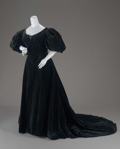 Mourning Dress, House of Worth, 1896, French, Made of silk and velvet