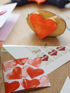 Potato stamp for Mother´s Day wrapping paper. Fun Crafts For Kids, Cute Crafts, Preschool Crafts, Diy For Kids, Arts And Crafts, Valentines Day Decorations, Valentine Day Crafts, Be My Valentine, Potato Stamp