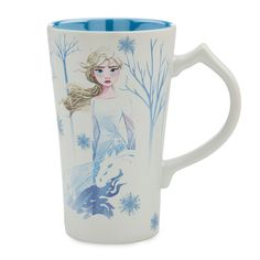 Warm yourself up with your favorite hot drink in this Frozen II mug. Anna and Elsa screen art bring dramatic flair to the pearlescent exterior of this tall cup, which features a sculpted handle and high gloss interior. Frozen Disney, Elsa Frozen, Frozen Toys, Frozen Stuff, Frozen Movie, Disney Dogs, Disney Mickey, Disney Babies, Puppies