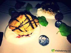 Carrot muffin  pohankovo-mrkvove muffiny  #muffin #yoghurt #chocolate #blueberry #bezlepku #glutenfree #eatclean #dnesjem #eathealthy #eat #foodie #fitfood #czechgirl #fitness #jidlo #jidlonaprvnimmiste #foodporn #zdravejidlo #fitnesslife #fitnesslifestyle #jimezdrave #zdravejidlo Carrot Muffins, Clean Eating, Healthy Eating, Carrots, Blueberry, Food Porn, Gluten Free, Chocolate, Instagram Posts