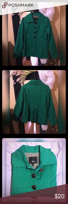 Kelly Green Jacket Kelly Green Jacket•So cute! Bella out around the waist• Shorter in length• Big black buttons with plead in the back• Hardly ever worn• Mossimo Supply Co. Jackets & Coats
