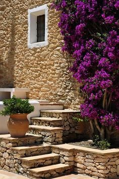 Boutique hotel Cas Gasi on the Spanish isle of Ibiza Stone Cottages, Stone Houses, Outside Stairs, Tuscan Garden, Medieval Houses, Stone Masonry, Sloped Garden, Spanish House, Mediterranean Homes