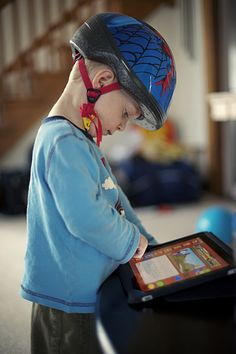 Screen time management tips for parents that really work