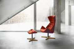Destined to become a favourite piece to sink into: The distinctive new Thonet lounge chair 808 - Thonet - Chairs, Armchairs, Sofas, Classics, Tables, designer furniture