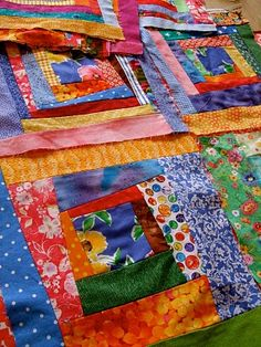 how to make a crazy log cabin quilt--Maybe I'll finally get rid of some of my gigantic stash!! :-)