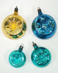 1940s Premier Glass Double Indent Christmas Ornaments | eBay! #christmas #ornaments #vintage #antique Christmas Balls, Christmas Tree Ornaments, Feather Tree, Mercury Glass, Tree Decorations, 1940s, Ebay, Vintage, Holiday Decor